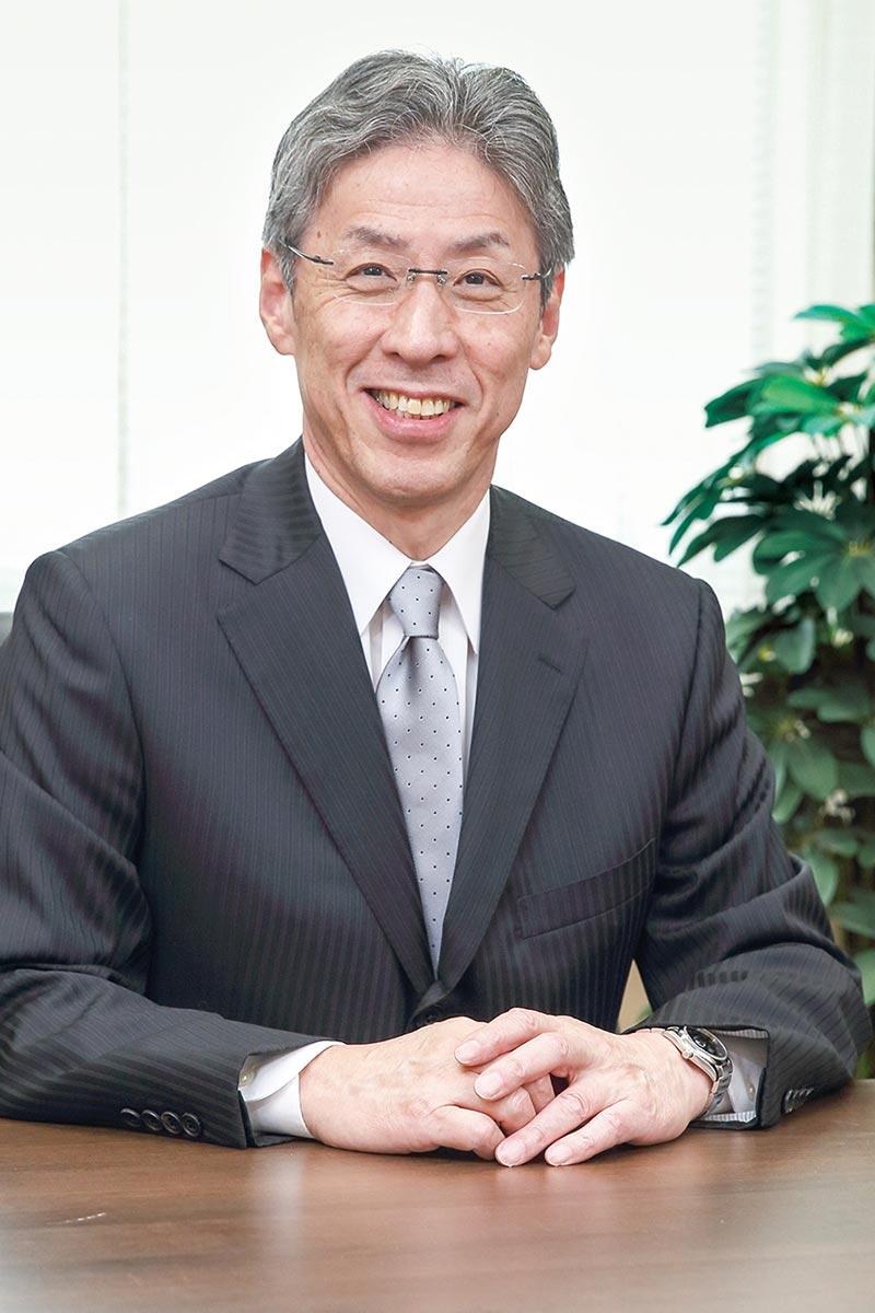 福井医療大学学長 山口 明夫